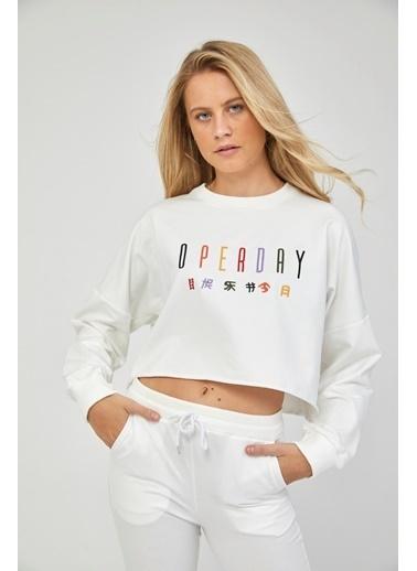 Reyon REYON Kadın Oversize Crop Sweatshirt Beyaz Beyaz